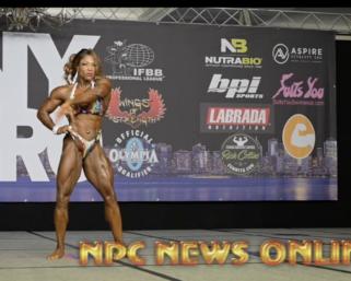 Posing Video Of The Day: 2020 @ifbb_pro_league NY Pro Women's Bodybuilding Winner Mayla Ash